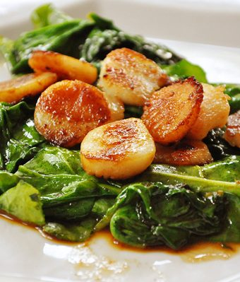 Seared Scallops with Spinach