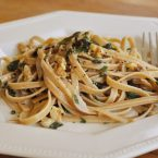 A plate of herbed garlic and walnut pasta
