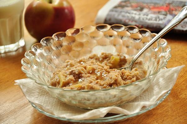 Apple Cinnamon Oatmeal — Living Lou