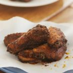 Make crispy wings at home in the oven using cornstarch. | livinglou.com