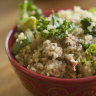 quinoa bowl with broccoli, zucchini and kale
