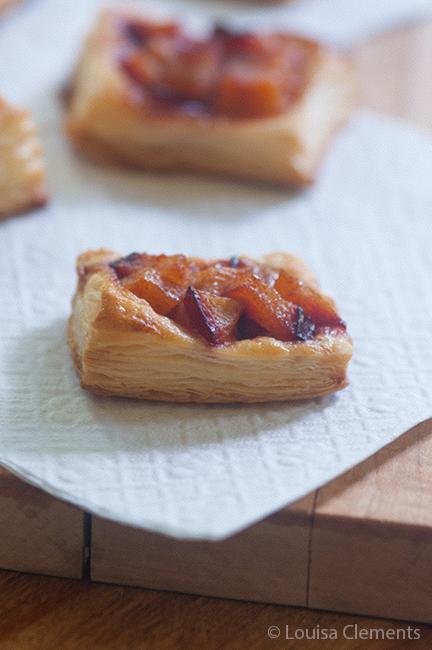 puff pastry plum tarts