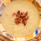 Get a comforting dinner on the table with just five ingredients with this healthy recipe for leek and potato soup.   livinglou.com
