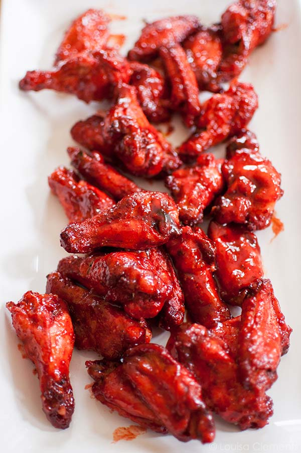 Add some spice to your game day appetizers with these tandoori spiced chicken wings. | livinglou.com