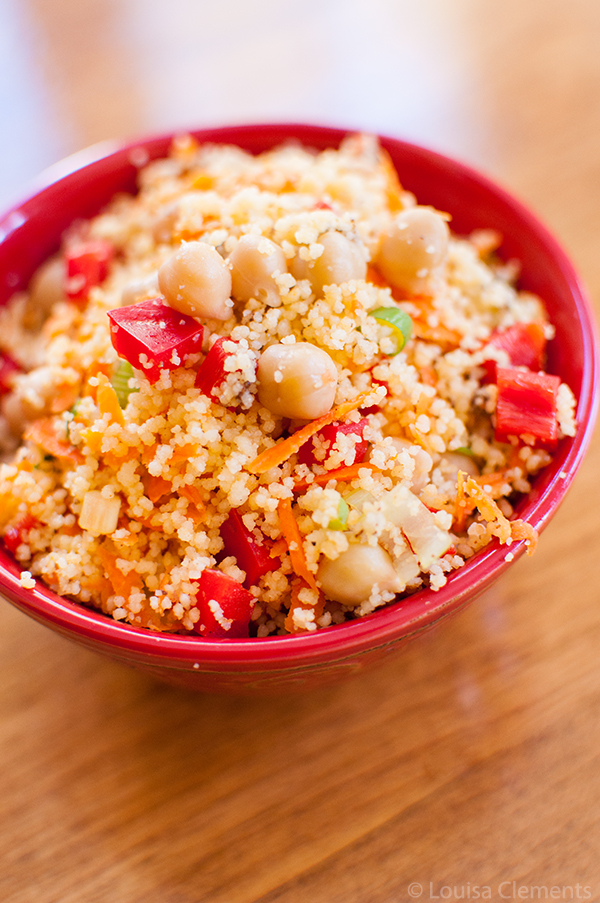 Moroccan Couscous and Chickpea Salad is simple, fresh and flavourful salad. | livinglou.com
