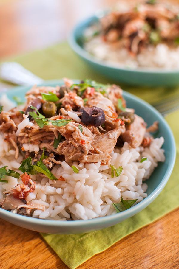 slow-cooker-shredded-chicken-puttanesca