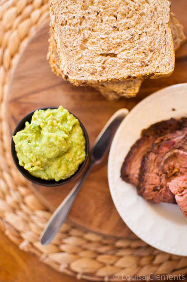Take your sandwiches to the next level with this simple and healthy avocado horseradish sandwich spread! | via livinglou.com