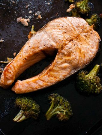 One-pan Roasted Salmon Steaks and Broccoli