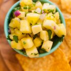 Try something a little different with this simple and healthy recipe for pineapple salsa. | livinglou.com