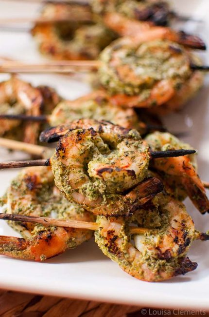 Add an Indian twist to your summer grilling with this recipe for Mint Marinated Grilled Shrimp. | livinglou.com