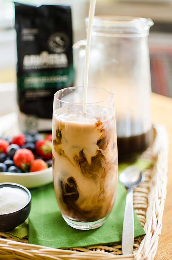 Cold brew iced coffee with mocha ice cubes. | livinglou.com