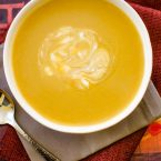 With aromatic fall spices like nutmeg and cinnamon, this creamy and spiced acorn squash soup is light and perfect for cool fall days. | livinglou.com