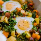 Start your day off on the right foot with this healthy breakfast recipe for kale and sweet potato hash with chorizo and eggs.   livinglou.com