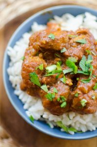 Make your favourite Indian takeout at home with this recipe for slow cooker chicken tikka masala. | livinglou.com