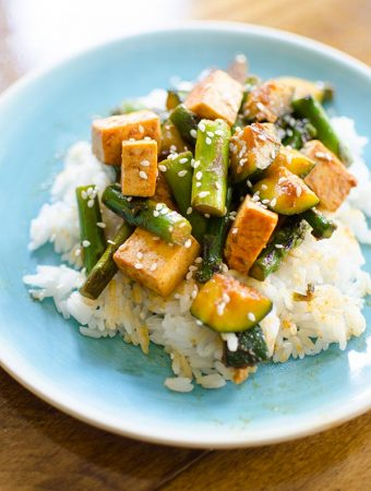 Asparagus, zucchini and tofu stir-fry