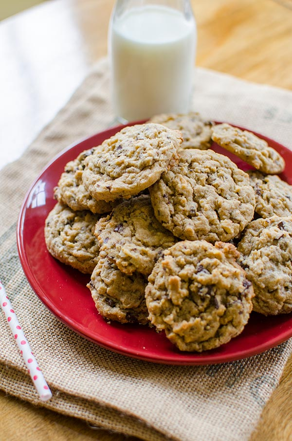Peanut Butter-Oatmeal Chocolate Chunk Cookies are the best chocolate peanut butter cookie recipe out there.   livinglou.com