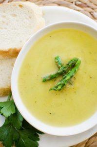 Light asparagus soup recipe with leeks, parsley and garlic.   livinglou.com