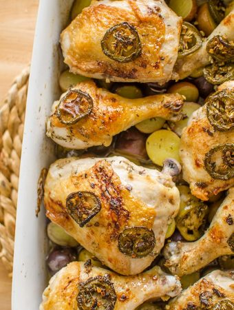 This recipe for balsamic jalapeno roasted chicken and potatoes is the ultimate comforting dinner recipe. | livinglou.com