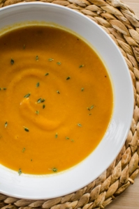 Roasted carrot and fennel soup with thyme, cumin and freshly squeeze orange juice is the perfect winter soup to make this season.   livinglou.com