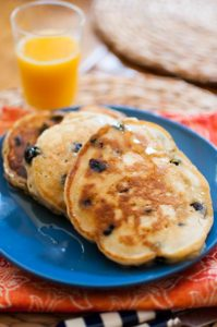 Blueberry lemon pancakes are the perfect summer breakfast. | livinglou.com