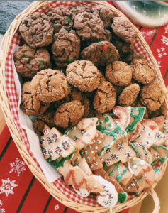Platter of holiday cookies. | livinglou