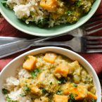 Sweet potato and lentil curry in bowls